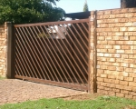 Steel Gates by Country Wide Walling 3